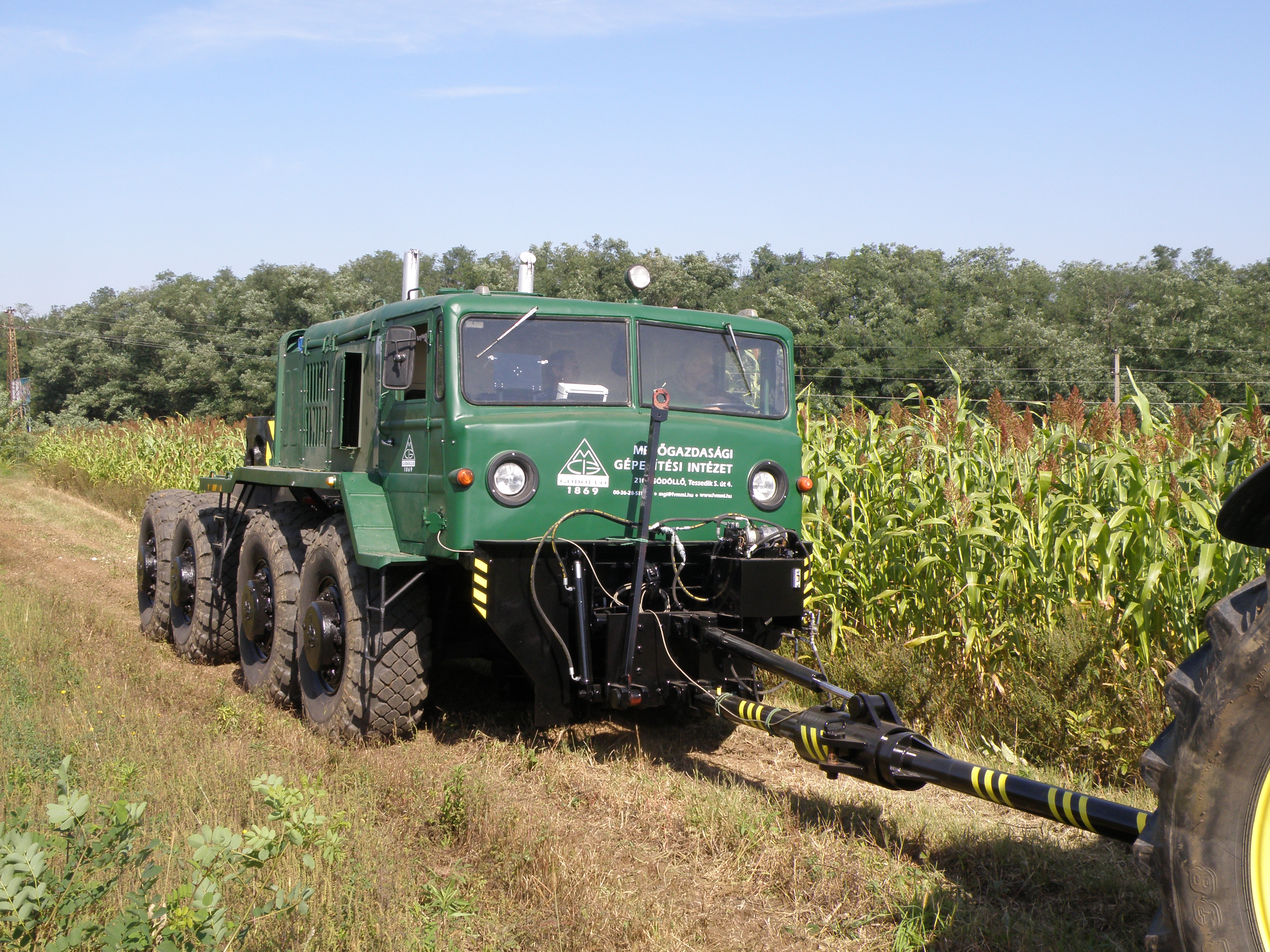 A Device For Testing Tractors On Fields Power Transmission World Tractor With Lights 2 Switches Wiring Dynamometer Vehicle