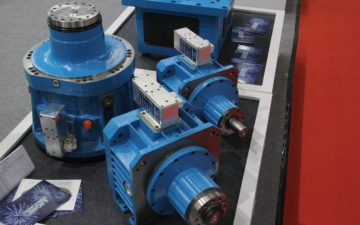 Certified quality for high-precision linear transmission systems