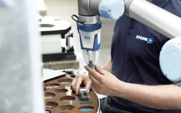 EGP-C Co-act by Schunk: the first certified industrial gripper for collaborative operation