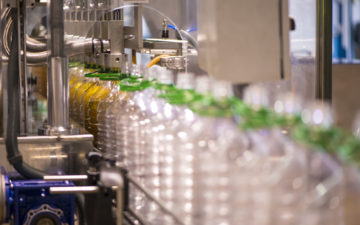 Accurate couplings for food packaging machines