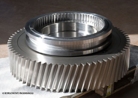 Borgonovo Ingranaggi can execute also internal gear cutting up to 1,500 mm of diameter, with module from 0.5 to 12.