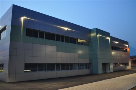 The new business headquarters at Pisogne (Brescia, Italy).