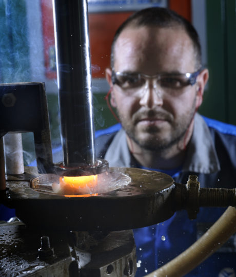 Thanks to thirty years of experience in the aerospace industry, UmbraGroup is a qualified supplier of thermal and thermo-chemical treatments for steel . Thanks to thirty years of experience in the aerospace industry, UmbraGroup is a qualified supplier of thermal and thermo-chemical treatments for steel . Thanks to thirty years of experience in the aerospace industry, UmbraGroup is a qualified supplier of thermal and thermo-chemical treatments for steel .